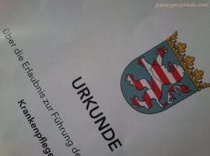 sertifikat pengakuan dari Regierungspräsidium Darmstadt